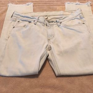 ***ONE DAY SALE*** EUC RAG AND BONE JEANS